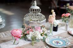 Are you thinking about having your wedding by the beach? Are you wondering the best beach wedding flowers to celebrate your union? Here are some of the best ideas for beach wedding flowers you should consider. Bird Cage Centerpiece, Table Centerpieces, Wedding Centerpieces, Wedding Decorations, Plum Wedding Flowers, Big Flowers, Bridal Shower Tables, Wedding Coordinator, Wedding Images