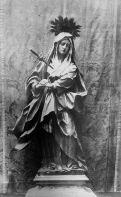 Mater Dolorosa: The statue of Our Lady of Sorrows by Luján Pérez in the cathedral of Santa Ana in Las Palmas, Gran Canaria.