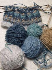 Baby Knitting Patterns combine Bohus wristlet with yarn Knitting Designs, Knitting Stitches, Knitting Yarn, Knitting Projects, Baby Knitting, Crochet Projects, Knitting Tutorials, Knitting Machine, Vintage Knitting