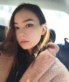 Lauren Tsai.ローレンサイ。