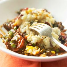 This fast-fix casserole features all the goodness of the English staple: tender beef, creamy mashed potatoes, and veggies: http://www.bhg.com/recipes/quick-easy/make-ahead-meals/quick-easy-casseroles/?socsrc=bhgpin042514shepherdspie&page=4