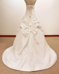 Vintage Ball gown  A LINE satin/Lace Wedding Dress Bridal Gown. $229.00, via Etsy.