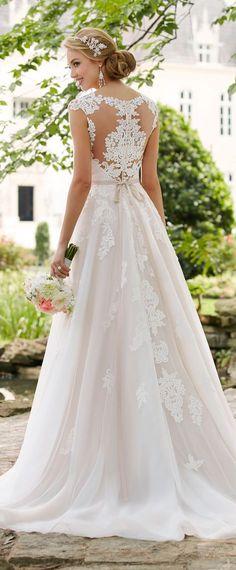 °°#1 Wedding Dress by Stella York Spring 2017 Bridal Collection