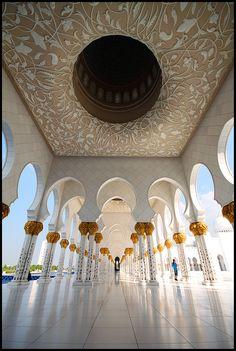 Sheikh Zayed Mosque - Abu Dhabi - United Arab Emirates