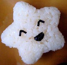 onigiri -- this may be rice but it's adorable haha Cute Food, Good Food, Yummy Food, Lunchbox Kind, Japanese Food Art, Asian Snacks, Bento Recipes, Bento Ideas, Food Humor