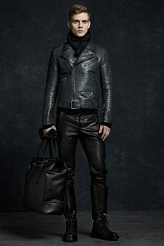 Men's Leather Trousers - Do Men Look Good In Leather Trousers? Mens Leather Trousers, Men's Leather Jacket, Leather Men, Jacket Men, Leather Jackets, Real Leather, Leather Boots, Black Leather, Mode Masculine