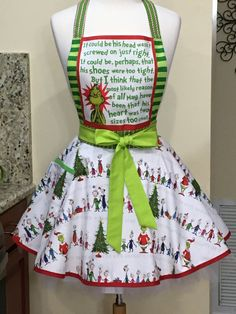 How the Grinch Stole Christmas Apron - One of a Kind Apron - Awesome Christmas Gift! Mr Grinch, The Grinch Movie, Grinch Stole Christmas, Christmas Aprons, Best Christmas Gifts, Baking Apron, Shower Accessories, Half Apron, Kitchen Aprons