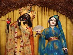 Radha Krishna in Japanese Avatar! OMG! Mayapur Radha Madhava in japanese kimono night outfit