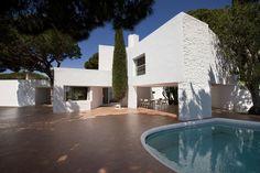 Casa Ugalde (4) Palm Springs, Aldo Van Eyck, Building Exterior, Backyard, Patio, Modern Architecture, Facade, Mid Century, Cases