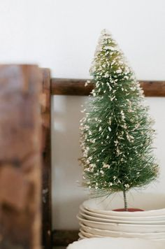 Vintage Whites Blog: Vintage Ornaments & Natural Greenery for Christmas!