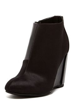 Canzona Wedge Bootie
