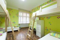 Room 2 / 6 bed dorm