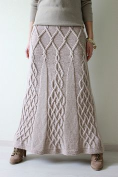 Long cabled skirt.