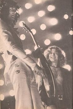 Jimmy Page and Robert Plant of Led Zeppelin Rock N Roll, Rock And Roll Bands, Great Bands, Cool Bands, Amor Musical, Elevator Music, Robert Plant Led Zeppelin, Houses Of The Holy, John Bonham