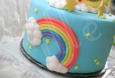 Pretty rainbow on doraemon cake
