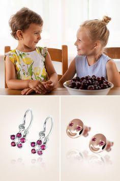 Baby earings Kvietky & Smile, handmade, natural gemstones: rubies, diamonds, white & pink gold, Náušničky collection. Vzácny prírodný rubín na uškách našich ešte vzácnejších pokladov z Mikuš Diamonds otvára krásny júnový týždeň. Možno už aj so šťavnatými čerešničkami na stole, no vždy s láskou a úsmevom, ktoré nepotrebujú slová. Sú totiž dorozumievacími znakmi po celom svete, rovnako ako naše hravé náušničky Smile a Kvietky. Ktoré sa vám páčia viac? Natural Gemstones, Diamond, Earrings, Ear Rings, Stud Earrings, Ear Piercings, Diamonds, Ear Jewelry, Beaded Earrings Native