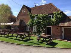 Surrey, Places To Eat, Trip Advisor, England, Restaurant, Cabin, House Styles, Home Decor, Decoration Home