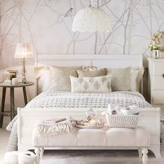 Vintage Bedroom Vintage glam bedroom, with tree-print wallpaper and white wooden bed - Looking for vintage bedroom ideas? We show you how to create a vintage bedroom with vintage crafts and beautiful decorating scheme ideas Chic Bedroom, Interior Design, Bedroom Vintage, Glamourous Bedroom, Neutral Bedroom Design, Bedroom Inspirations, White Wooden Bed, Home Bedroom, Home Decor
