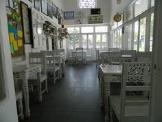 Lobby View at Y-Cafe Dehradun https://www.facebook.com/YcafeIndia/photos/a.769799266364776.1073741832.729868650357838/769799343031435/?type=1&theater