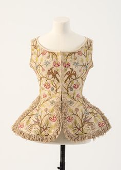 A History of Fashion in 100 Objects Gallery | The Fashion Museum
