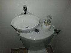 image corner toilet sink - StartPage by Ixquick Picture Search Tiny Bathrooms, Tiny House Bathroom, Laundry In Bathroom, Small Bathroom, Garage Bathroom, Sink Toilet Combo, Toilet Sink, Corner Toilet, Small Toilet