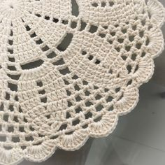 Crochet Border Patterns, Heart Patterns, Food Crafts, Diy And Crafts, Crochet Crafts, Crochet Projects, Arte Quilling, Doilies, Blanket