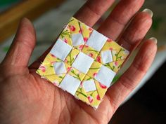 (7) Name: 'Quilting : Rolling Stone Mini Block