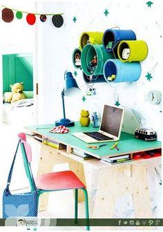 Aprovecha los botes de pintura que tienes en casa y hazlos parte de la decoración te compartimos esta idea.