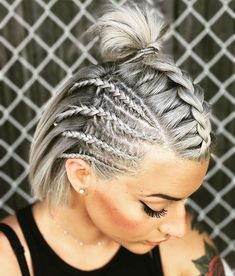 Platinum-Blonde-Short-Hair-Braids Amazing Braids for Short Hair frisuren frauen frisuren männer hair hair styles hair women Cool Braids, Braids For Short Hair, Short Hair Cuts, Amazing Braids, Braided Short Hair, Cornrows Short Hair, Short Undercut, Short Hair Braids Tutorial, Simple Braids