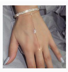 ριntєrєѕt: rayneslays | Hand Jewelry, India Jewelry, Cute Jewelry, Body Jewelry, Jewelry Accessories, Jewelry Design, Hand Bracelet, Slave Bracelet, Bangle Bracelets