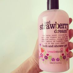 Love strawberry scents - reminds me of my childhood. Strawberry scented everything :)