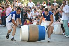 """Manciano: """" Il Palio delle Botti"""".  Competizione di stampo medievale che si svolge l'ultimo fine settimana di Agosto tra i sei rioni mancianesi."""