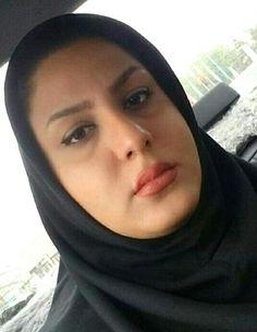 Beautiful Arab Women, Beautiful Hijab, Arab Girls Hijab, Girl Hijab, Women In Iran, Persian Beauties, Urban Beauty, Persian Girls, Muslim Women Fashion
