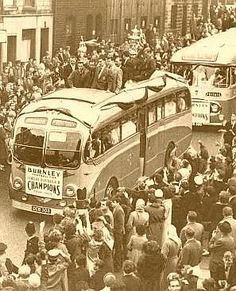 1960 Burnley FC football champions of England's first division