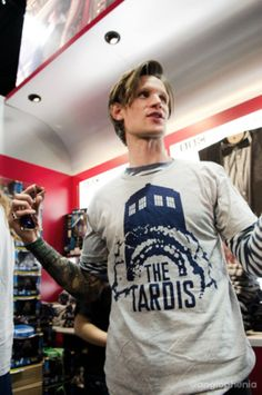 Matt Smith is wearing his own shirt XD
