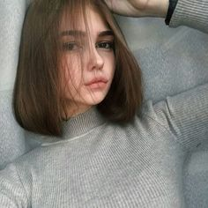 Aesthetic Cute Girls Fashion Inspo Jewelry Outfit Ideas Streetwear Vintage Old How To Cut Your Own Hair, Your Hair, Hair Inspo, Hair Inspiration, Tumblr Girls, Hair Looks, Pretty Face, Pretty Hairstyles, Pretty People