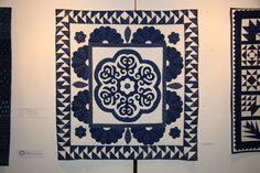 VII. Határtalanul fesztivál és kiállítás 2008 - Kékfestő pályázat Indigo Dye, Blue Backgrounds, Linen Fabric, Textile Art, White Cotton, Knit Crochet, Quilting, Textiles, Traditional