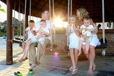 Virgin drinks for everyone in this family portrait shoot at @Dreams Puerto Aventuras in the Riviera Maya. Mexico photographers Del Sol Photography.