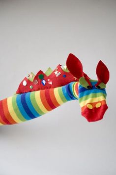 Make Your own Sock Puppets; free ideas to download   Buttonbag