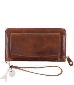 Antiek is helemaal hip! Deze SLB Chic Antik portemonnee kan dus niet in je garderobe ontbreken! (€69,95)