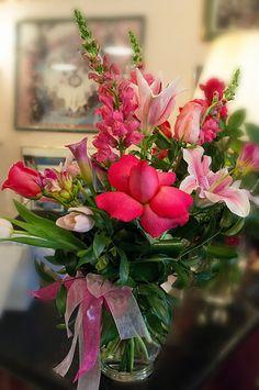 Floral Arrangement ~ pink ✨ ʈɦҽ ƥᎧɲɖ ❤ﻸ•·˙❤•·˙ﻸ❤ ᘡℓvᘠ □☆□ ❉ღ // ✧彡☀️ ●⊱❊⊰✦❁❀ ‿ ❀ ·✳︎· ☘‿ SU AUG 20 2017‿☘✨ ✤ ॐ ♕ ♚ εїз⚜✧❦♥⭐♢❃ ♦♡ ❊☘нανє α ηι¢є ∂αу ☘❊ ღ 彡✦ ❁ ༺✿༻✨ ♥ ♫ ~*~ ♆❤☽☾♪♕✫ ❁ ✦●↠ ஜℓvஜ