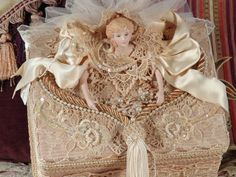 Victorian Keepsake / Trinket / Hat Box by VictorianKeepsakes $195.00