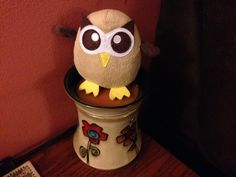 Owly wonders what will become of him after today – ornamentation or??? Day 364 of #yearofowly #lifeofowly