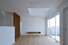 Interior minimalists / ya house, japan