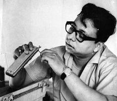 Burman : The man who revolutionised Indian music Film Icon, Music Icon, Bollywood Stars, Bollywood News, Bollywood Masala, Bollywood Updates, R D Burman, Bollywood Pictures, Indian Music