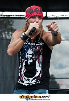 Bret Michaels - my <3  After I saw him in concert I <3 him even more!