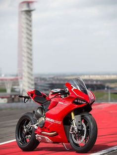 The sexiest bike ever made. (Ducati Panigale 1199)
