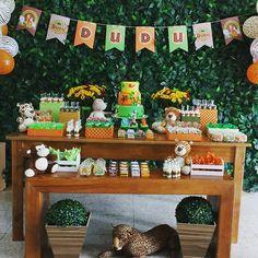 Festa Safari - mesa aniversario | Produção: Um doce a mais | Kit digital personalizado: Quero uma Festa