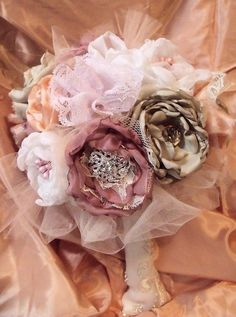 Vintage UN+Inspired+/+shabby+chic+/+Brooch+bouquet+/+by+cuteNtrendy,+$225.00