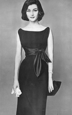 Anne Gunning, photo b Irving Penn, Vogue, August 1, 1954 | flickr skorver1